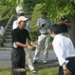 昨年度優勝した江川先生へレプリカ贈呈