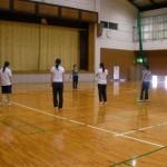 創作ダンスに取り組む参加者